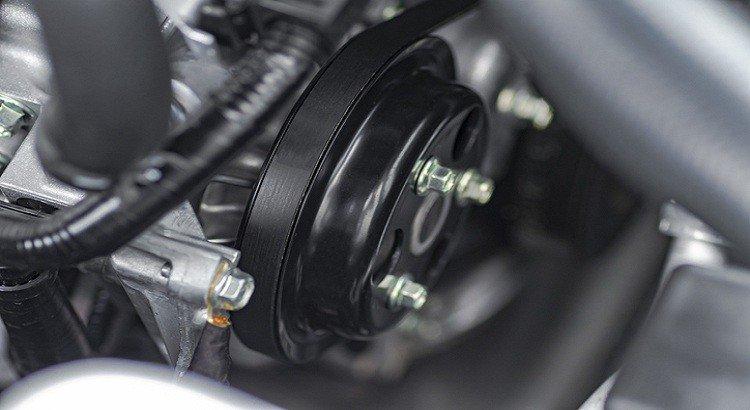 a courroie de distribution est un élément important de votre véhicule et sa casse peut provoquer beaucoup de dommages !